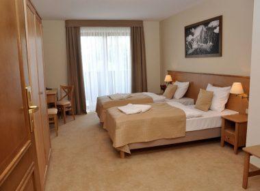 Łóżka hotelowe - kontynentalne
