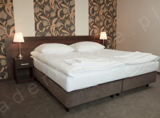 Meble hotelowe - Mark, łóżka kontynentalne.